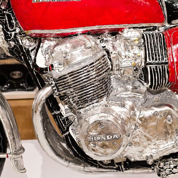 Honda CB750 K1 sculpture up close