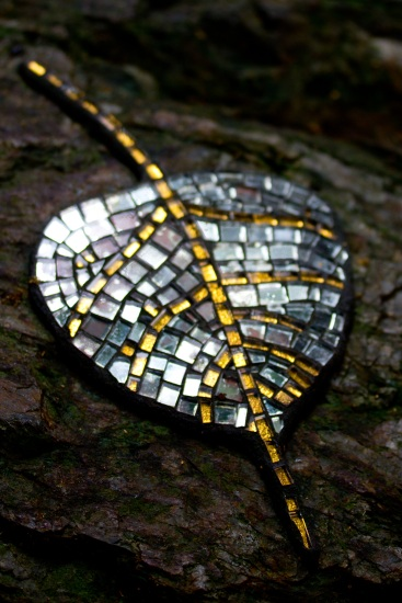 'Mosaic Jewels' - glass mosaic by Rosalynd Skewes, Margot MacManus and Lee-Anne Elms