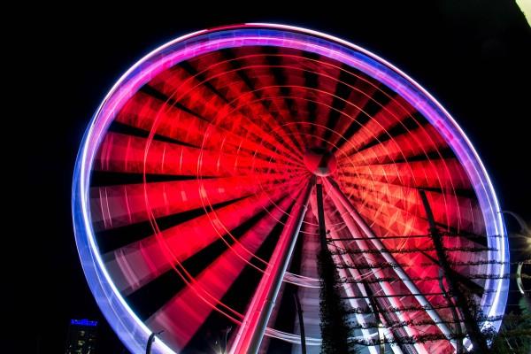 The Wheel of Brisbane, ISO100, 18mm, f/9, 3.2s