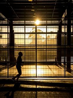 Dawn runner - Overseas Passenger Terminal, Circular Quay, Sydney NSW. Oct 2012