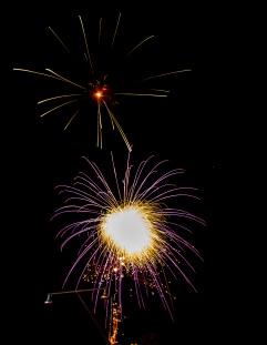 Fireworks-8100